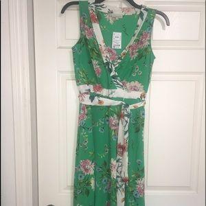 💚Floral Green Dress! 💚